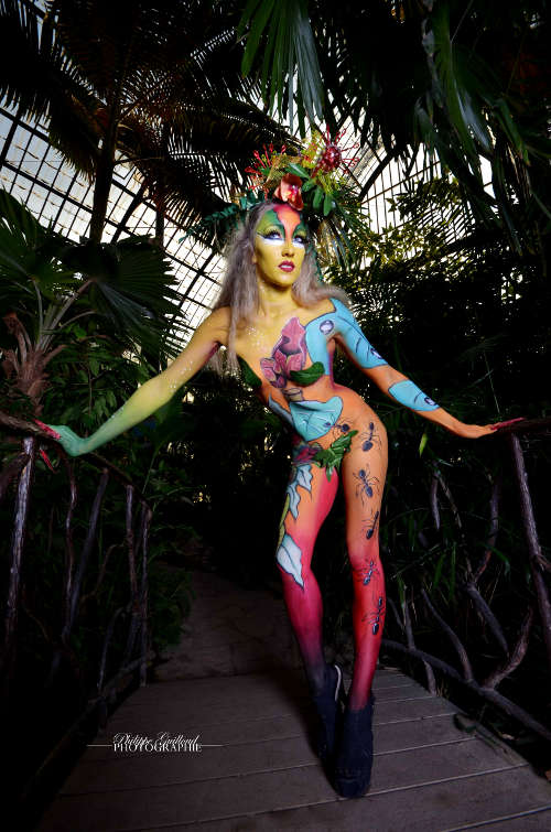 Esthéticienne Lyon Ecully Belly Painting Body Painting Lyon Ecully couleurs