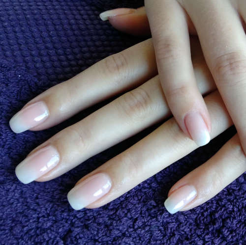 Esthéticienne Ecully Lyon Ongles Babyboomer