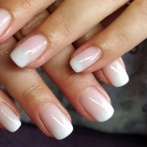 Esthéticienne Ecully Lyon Ongles Babyboomer french-manucure