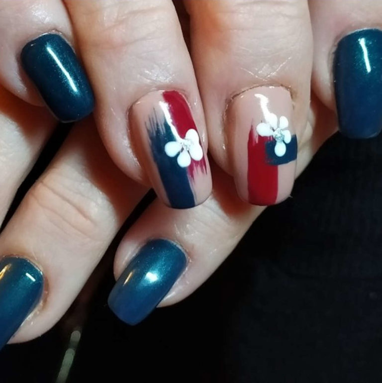 Esthéticienne Ecully Lyon Ongles Chablon nail-art